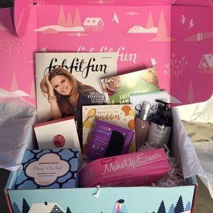 NIB Fab Fit Fun Winter Box